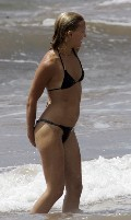 Kate Hudson in black bikini