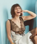Lizzy Caplan in Lula