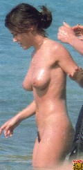 Alyssa Milano nude in Alyssa on the beach