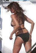 Cindy Crawford in bikini photoshoot