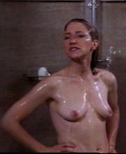 Edie Falco  nackt