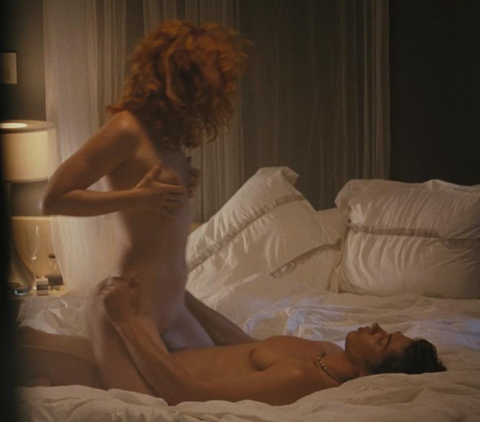 Natural nude girls bending over