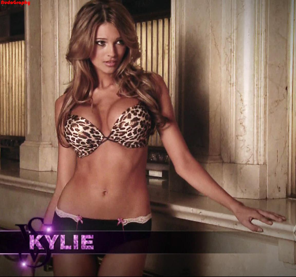 Kylie bisutti nude pics