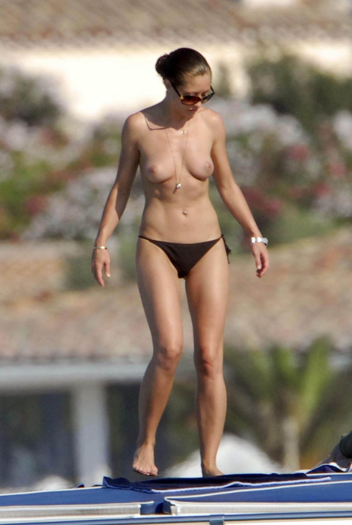 Men who wear bikini swimwear