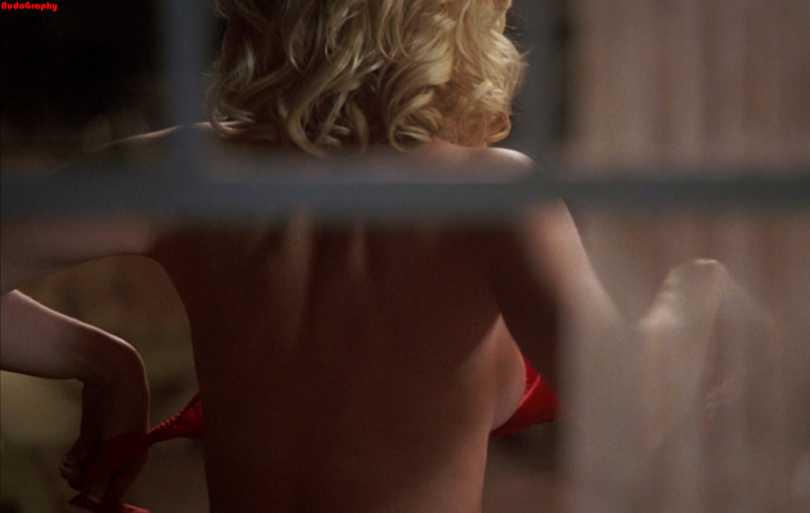 Are Elisha cuthbert girl next door nude