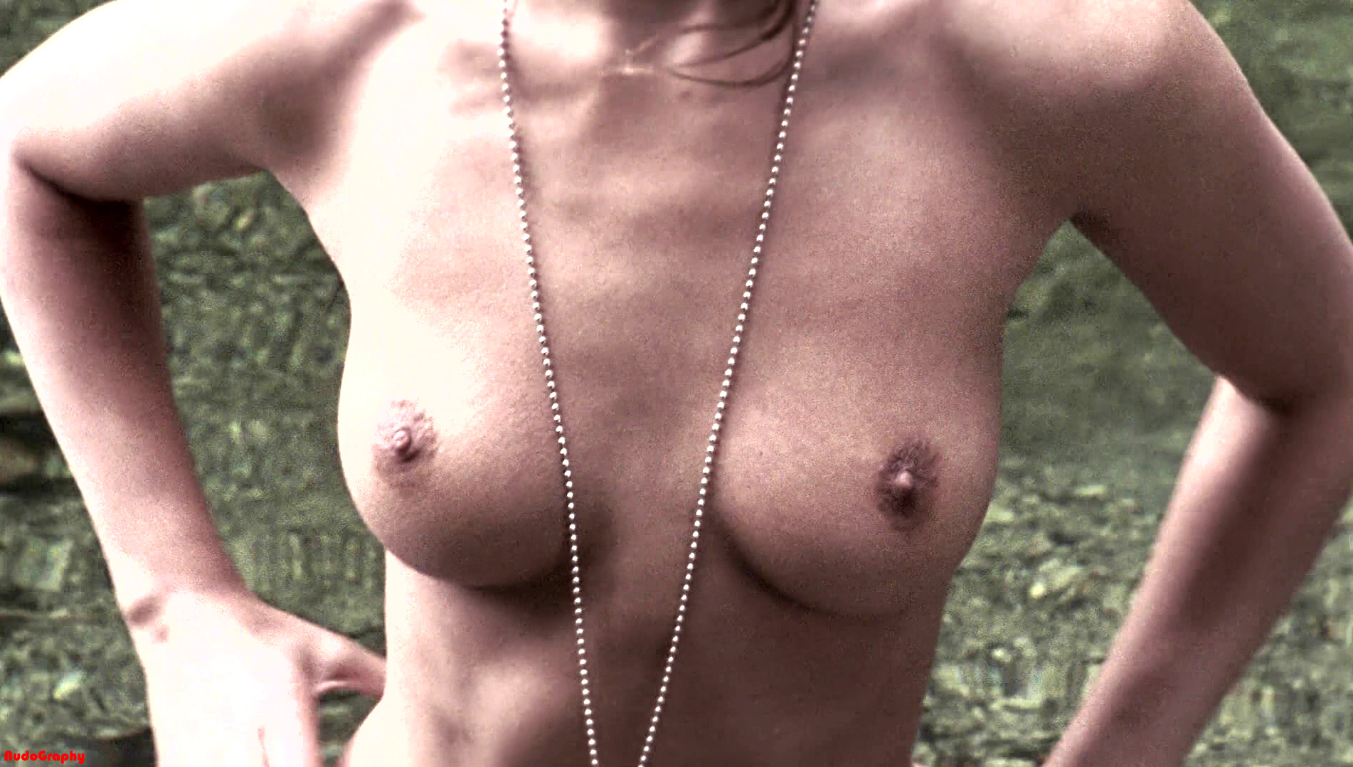 nude pictures crystal lowe