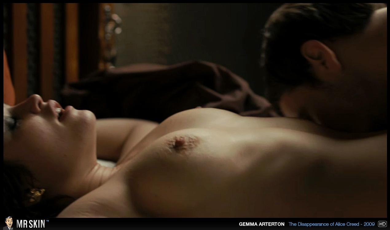 Des actrices nues dans des scnes devenues cultes