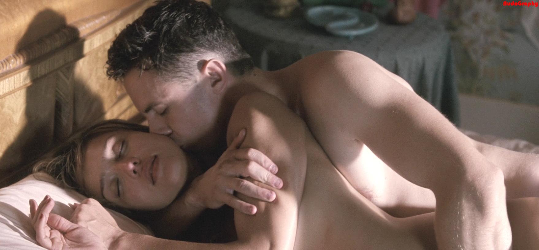 Смотреть бесплатно самые откровенные эротические клипы 9 фотография