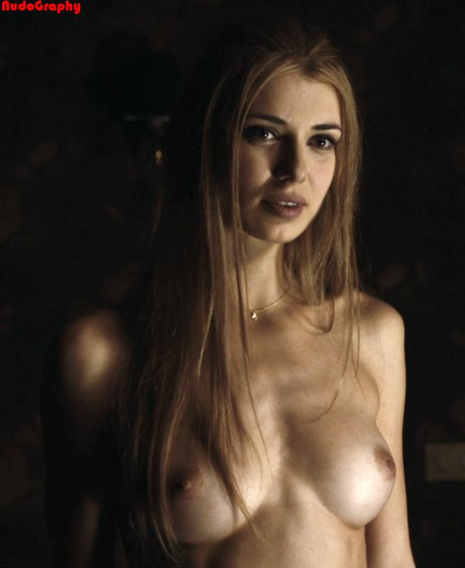 Natasha Yarovenko Nackt