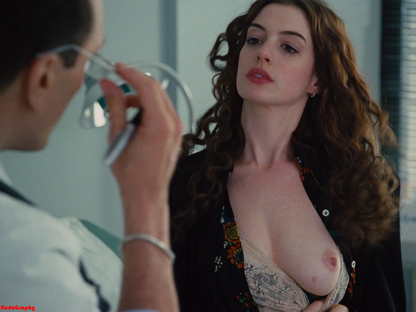 Anne Hathaway Love and other drugs 1080p  01 Pictures of QUALITY DIAPER (ADULT & BABY) @ CHEAPER PRICE   LAGRO/FAIRVIEW ...
