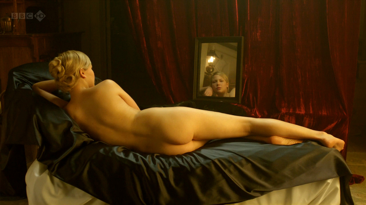 Adelaide clemens parades end 7