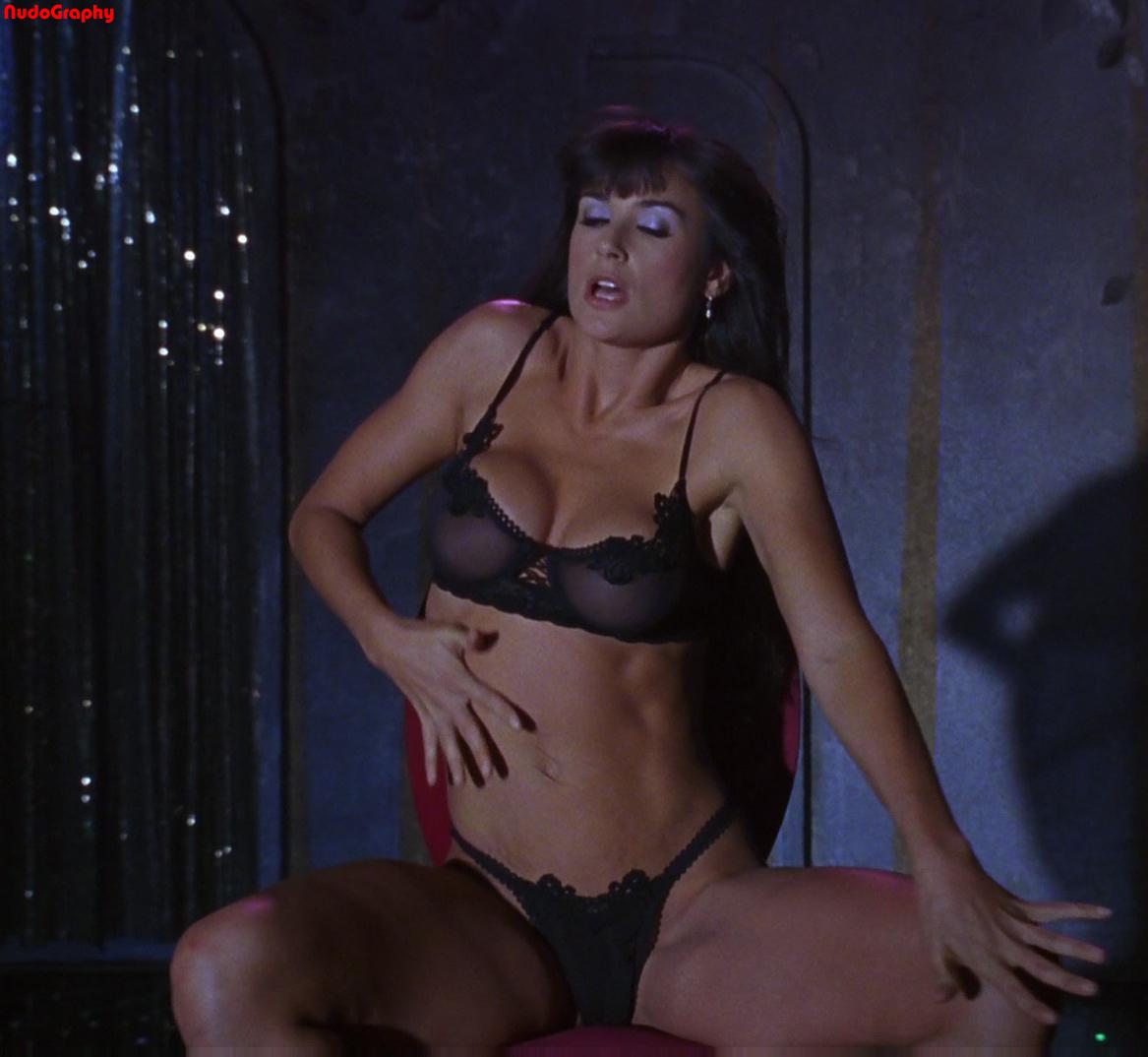Demi Moore - Striptease - Video Porno Gratis - YouPorn