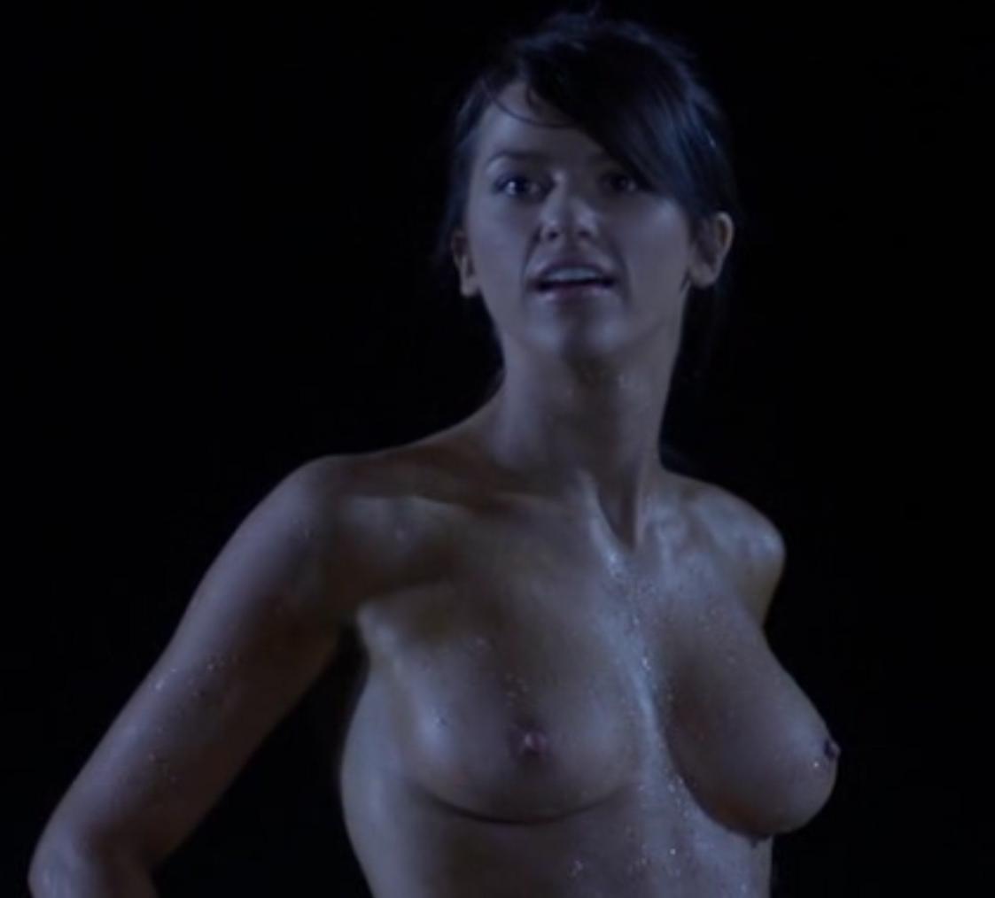 scarlett byrne nude