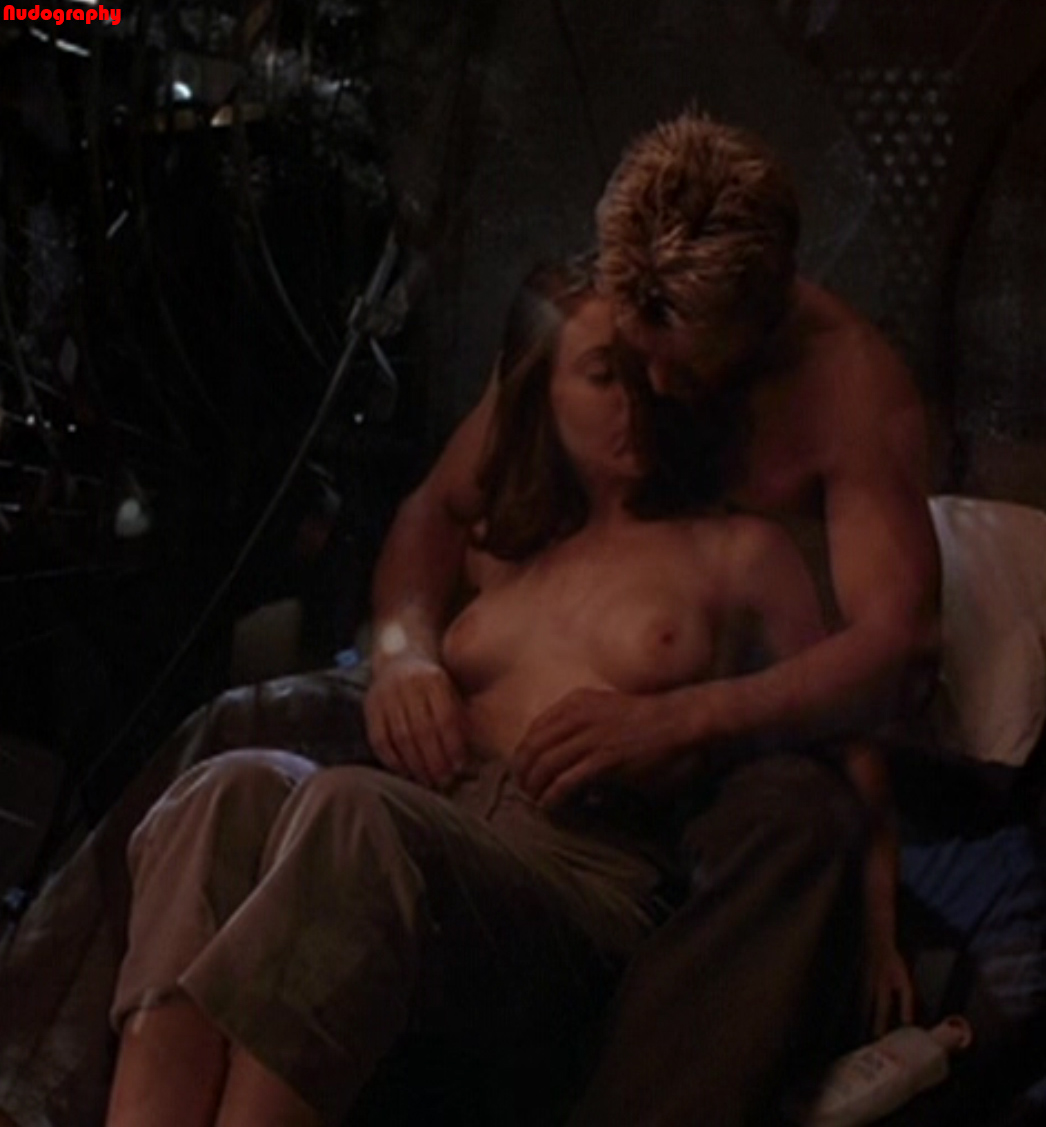 Alyssa Milano Nude Boobs in Poison Ivy 2 Movie - Free