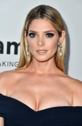 663x768, 61 KB, Ashley_Greene_busty_at_Amfar_Gala_In_Los_Angeles-01.jpg