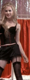 Alison Lohman  nackt