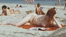 Marie Riva  nackt