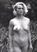 andrea thompson nude photos