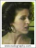 Elizabeth Chambers  nackt