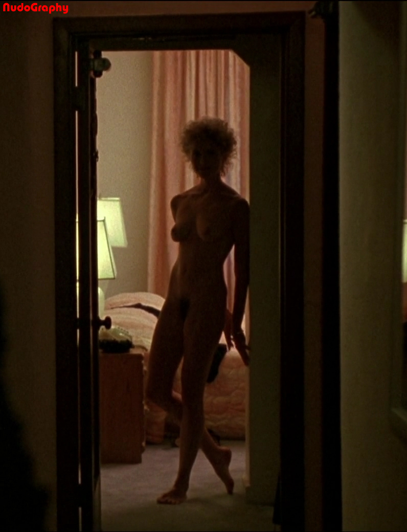 annette bening nude pics
