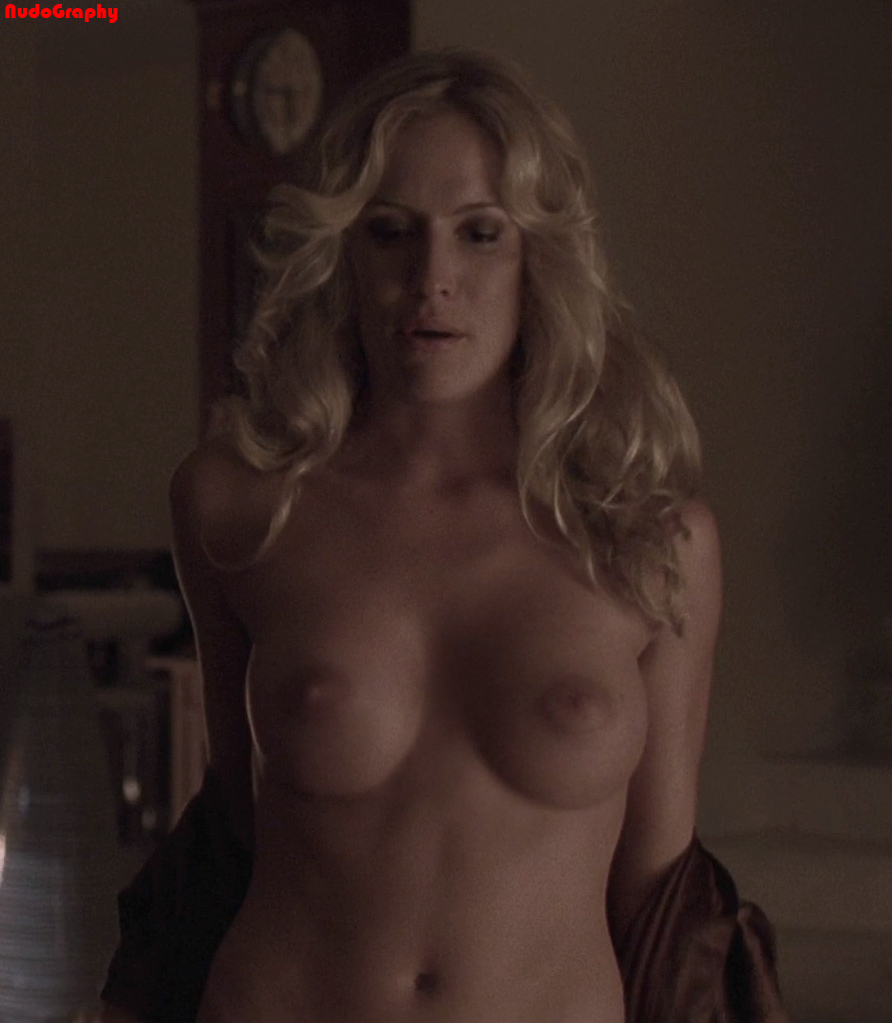 Angela Kinsey Nude Photos nude celebs in hd - kinsey packard - picture - 2010_10