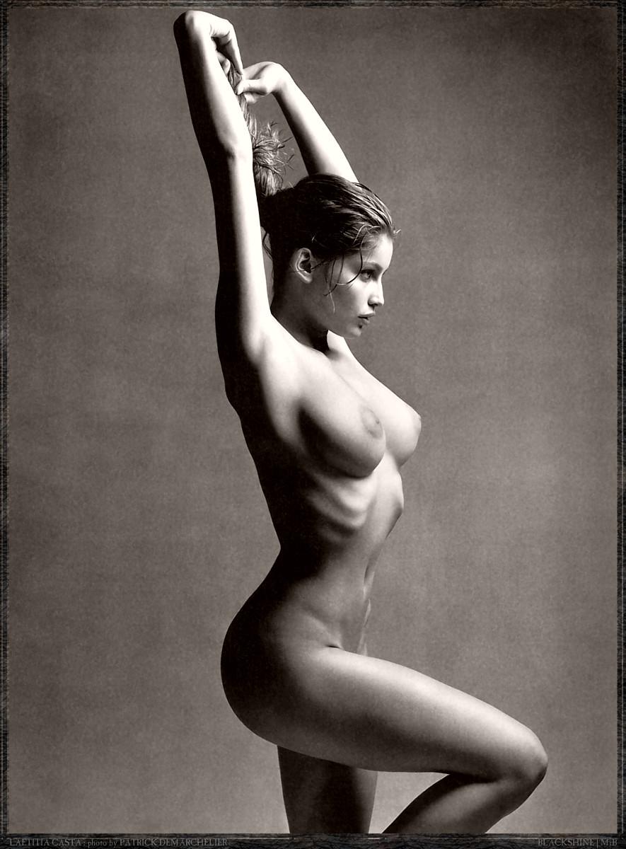 Jelena Jensen nackt, Nacktbilder,
