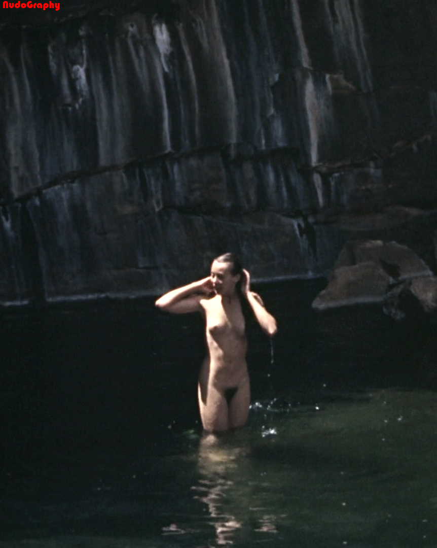 jenny-agutter-nude-scenes