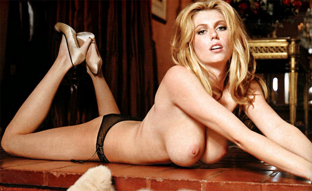 diora-baird-amateur-topless-pictures