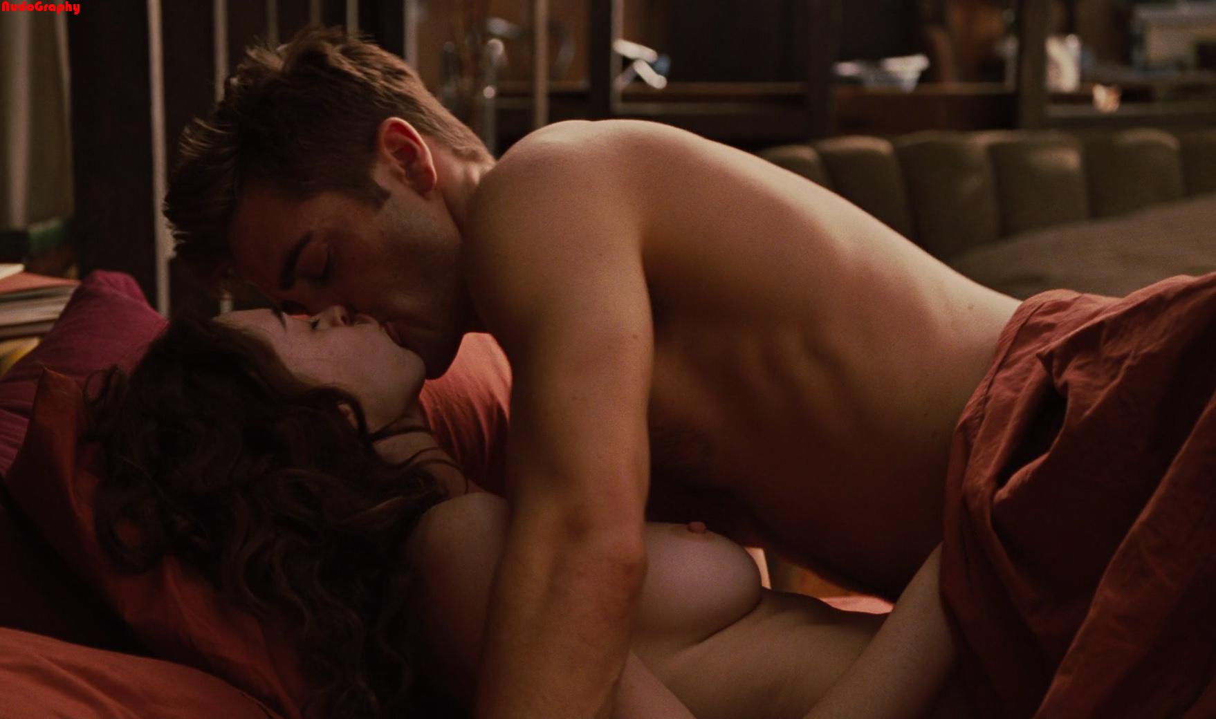 Anne Hathaway Sex Scenes