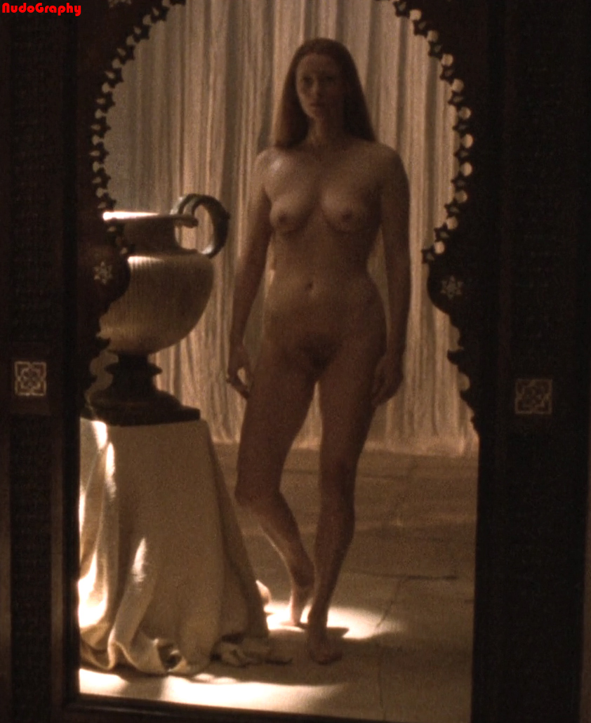 Lauren Holly Nude Photos & HD Sex pictures