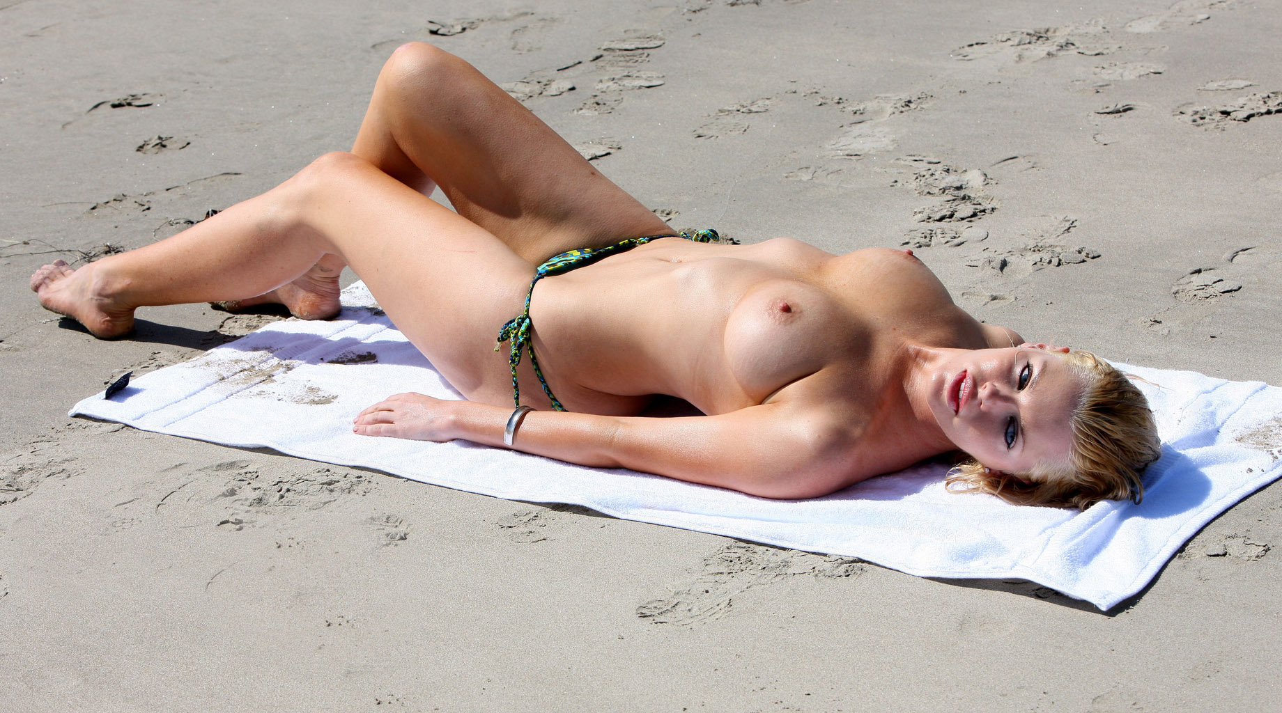 Topless beaches with pics