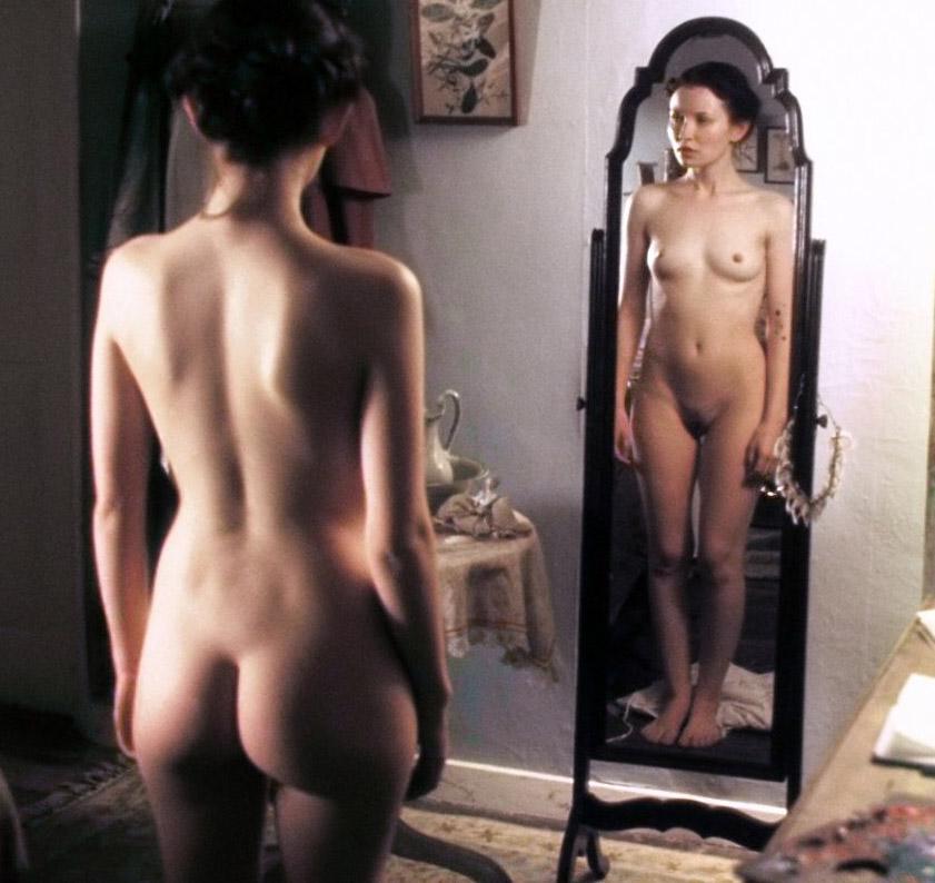 Emily browning nudes